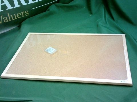 Lot 5262 CORKBOARD