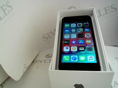 Lot 1081 APPLE IPHONE 5S 16GB SMARTPHONE