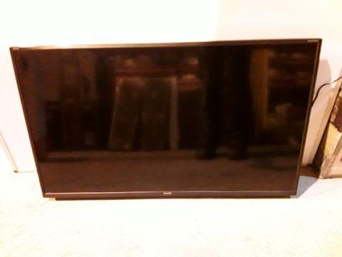 """Lot 2320 SHARP 40"""" SMART LED TV"""