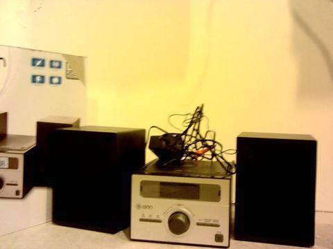 Lot 1021 ONN CD MICRO SYSTEM- CD PLAYBACK AND FM RADIO