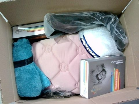 Lot 2332 BOX OF LARGE QUANTITY OF ASSORTED HOUSEHOLD ITEMS
