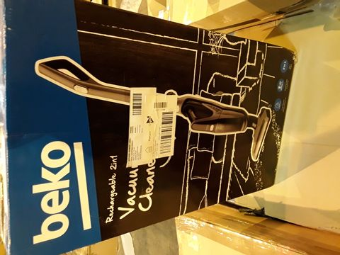 Lot 8069 BEKO CORDLESS ANTHRACITE 2 IN 1 CYCLONIC 21.6V VACUUM CLEANER