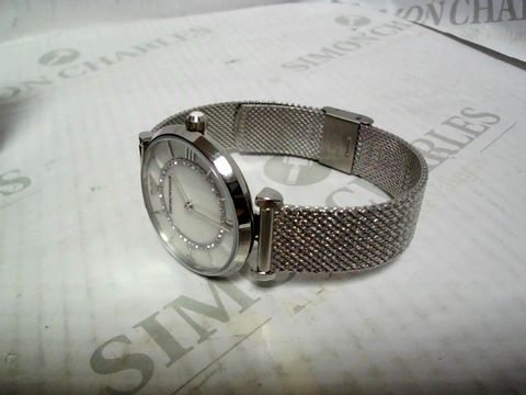 Lot 4318 EMPORIO ARMANI GIANNI T BAR STAINLESS STEEL WATCH RRP £369.00