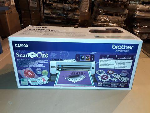 Lot 3016 BROTHER SCAN N CUT CM900 MACHINE