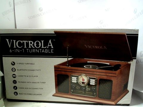 Lot 4263 BRAND NEW VICTROLA 6 IN 1 VINATGE STYLED TURNTABLE AND HIFI