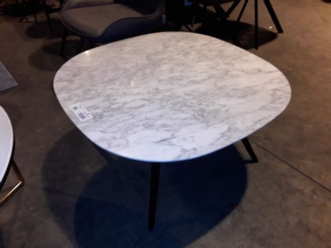 Lot 50 DESIGNER WHITE ONYX SQUARE COFFEE TABLE ON BLACK METAL SUPPORTS