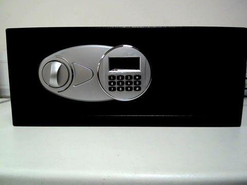 Lot 159 AMAZON BASICS ELECTRONIC SECURITY SAFE