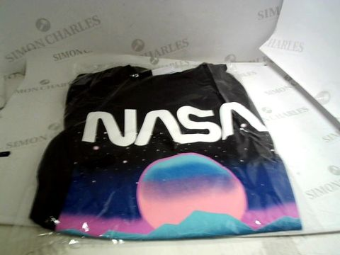 Lot 13066 DESIGNER NASA T-SHIRT SIZE XL