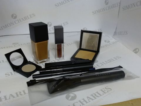 Lot 9466 BOX OF APPROXIMATELY 95 ASSORTED BRAND NEW MAKE UP ITEMS TO INCLUDE MOTHER OF PEARL HIGHLIGHTER, FLASHY LIP GLOSS, CHECK BROW DEFINER, ETC