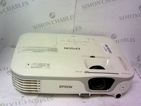 Lot 945 EPSON EH-TW650 HOME PROJECTOR