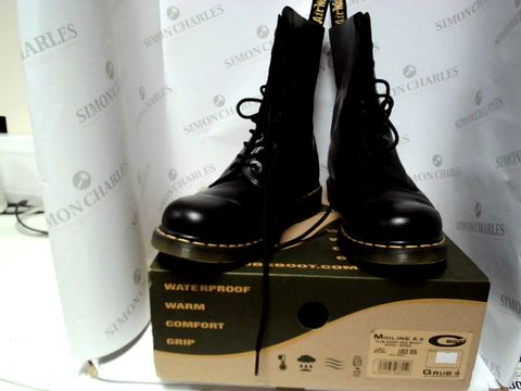 Lot 13092 BOXED PAIR OF DESIGNER DR MARTENS - UK SIZE 10