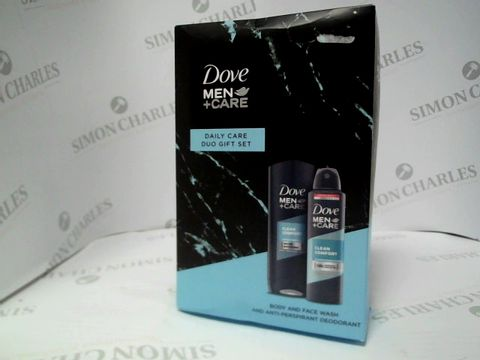 Lot 8130 DOVE MEN+CARE - DAILY CARE DUO GIFT SET