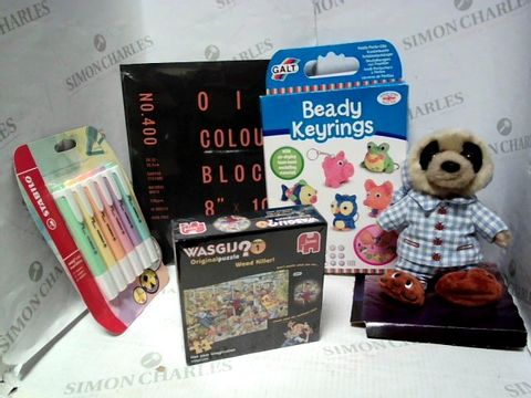 Lot 4451 LOT OF A LARGE QUANTITY OF ASSORTED TOYS AND GAMES, TO INCLUDE SLEEPY OLEG PLUSH TOY, BEAD KEYRING MAKING KIT, WASGIJ? MINI PUZZLE, ETC