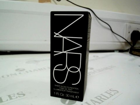 Lot 8191 NARS SHEER GLOW FOUNDATION