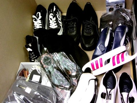 Lot 1062 LARGE BOX APPROX 20 PAIRS ASSORTED TRAINERS, SLIPPERS, SPORTS SHOES, SLIDERS ETC ASSORTED SIZES