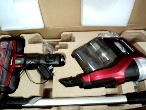 Lot 69 PHILIPS HOOVER SPEED PRO MAX