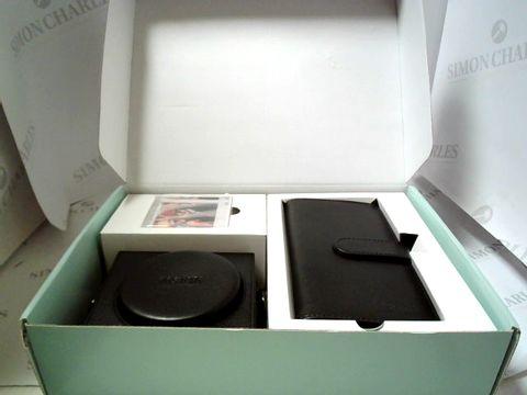 Lot 609 BOXED FUJIFILM FUJIFILM INSTAX SQ6 ACCESSORY KIT - CASE, ALBUM & PHOTO FRAME  RRP £59.99