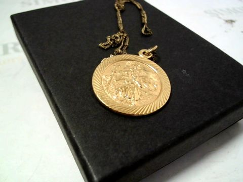 Lot 4153 9 CARAT ROLLED GOLD LARGE ST CHRISTOPHER PENDANT RRP £70.00