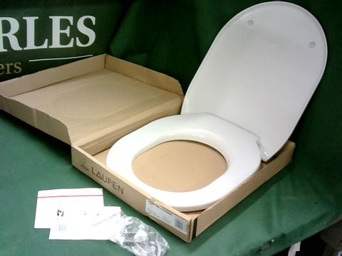 Lot 4127 LAUFEN PRO STANDARD WHITE PVC TOILET SEAT WITH FITTINGS