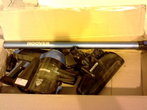 Lot 12125 HOOVER FREEDOM LITE 2-IN-1 CORDLESS STICK VACUUM CLEANER