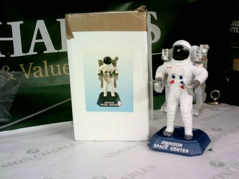 Lot 8510 JOHNSON SPACE CENTER ASTRONAUT ORNAMENT