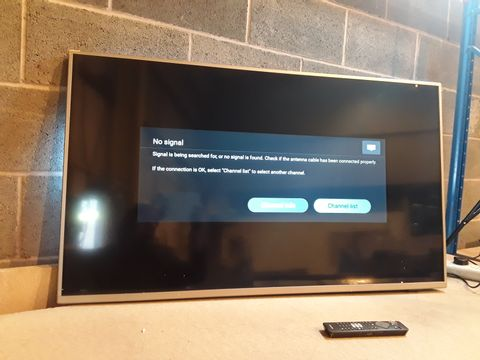 Lot 126 PHILIPS 50PUS6754 50 INCH 4K ULTRA HD HDR SMART LED TV