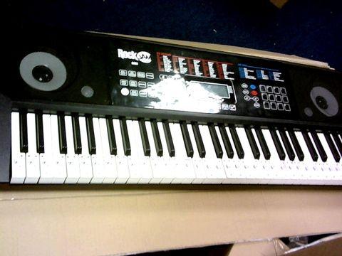 Lot 1024 ROCKJAM RJ761-SK KEY ELECTRONIC INTERACTIVE TEACHING PIANO KEYBOARD