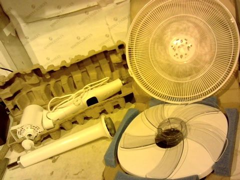 Lot 2002 JACK STONEHOUSE 12 SPEED ELECTRIC PEDESTAL, 16 INCH PORTABLE OSCILLATING STANDING COOL FLOOR FAN