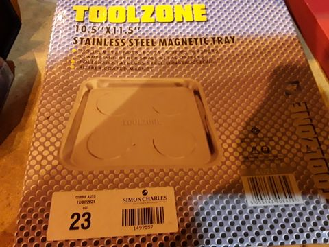 """Lot 23 TOOLZONE MAGNETIC STAINKESS STEEL TRAY 10.5"""" × 11.5"""""""