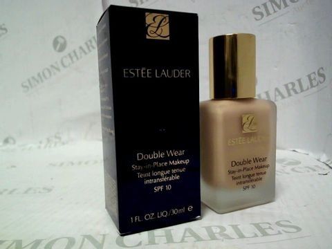 Lot 5332 ESTEE LAUDER DOUBLE WEAR MAKE-UP - 2C2 PALE ALMOND