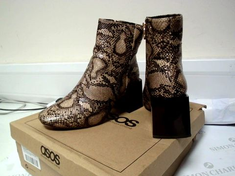 Lot 7109 BOXED UK SIZE 4 ASOS DESIGN REED HEELED SNAKE ANKLE BOOTS