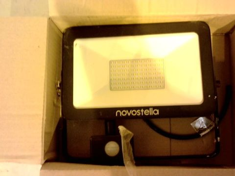 Lot 12193 NOVOSTELLA FLOOD LIGHT
