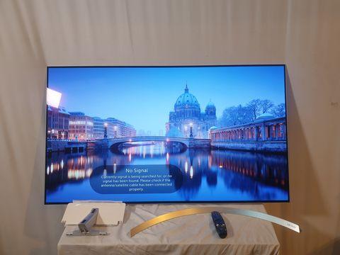Lot 14 LG 55 INCH OLED55B7V-ES OLED 4K ULTRA HD PREMIUM SMART TV