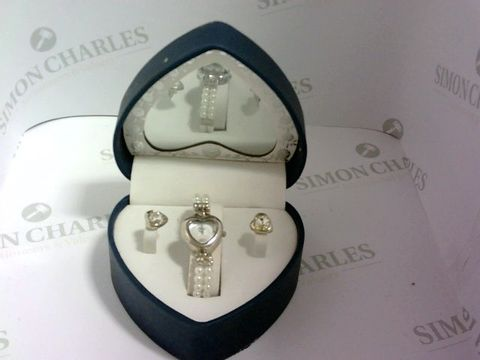 Lot 1054 MY WISH COLLEZIONI DESIGNER WATCH AND EARRING SET IN MIRRORED HEART BOX