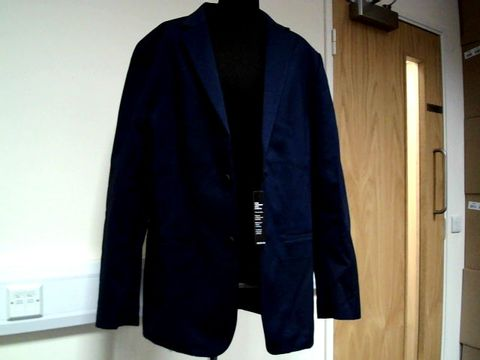 Lot 13074 DESIGNER AFANI NAVY BLUE SUIT JACKET SIZE L