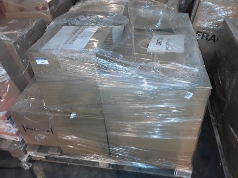 Lot 109 PALLET OF APPROXIMATELY 141 ASSORTED CLOTHING AND HOMEWARE ITEMS, TO INCLUDE: