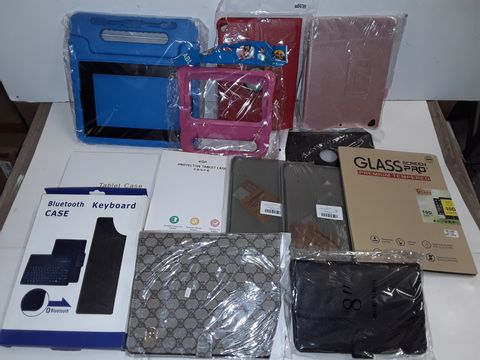 Lot 3133 LOT OF 13 ASSORTED TABLET ACCESSORIES TO INCLUDE BLUETOOTH KEYBOARD CASE AND VARIOUS CASES