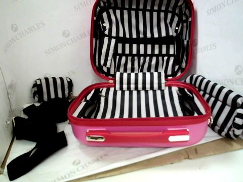 Lot 6207 LULU GUINNESS HARDSIDE VANITY CASE WITH TRAVEL POUCHES