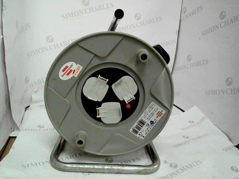 Lot 10402 RENNENSTUHL STANDARD 3-WAY SOCKET CABLE REEL (50 M EXTENSION CORD), CABLE DRUM WITH THERMAL CUT-OUT PROTECTION, CABLE COLOUR: BLACK