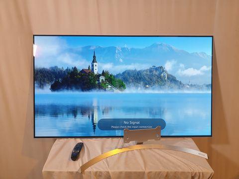 Lot 26 LG 55 INCH OLED55B7V-ES OLED 4K ULTRA HD PREMIUM SMART TV
