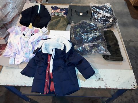 Lot 4047 CAGE OF ASSORTED UNPROCESSED KID'S CLOTHING PRODUCTS
