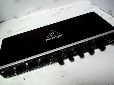 Lot 845 BEHRINGER U-PHORIA UMC404HD USB AUDIO/MIDI INTERFACE
