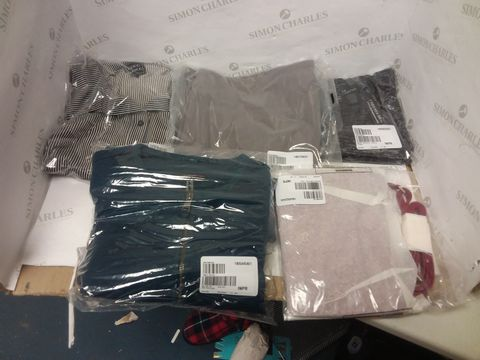 Lot 8032 BOX OF APPROXIMATELY 50 ASSORTED DESIGNER CLOTHING ITEMS TO INCLUDE DESIGNER BLUE JACKET, COCO BLANCO STRIPE SHIRT DRESS, DESIGNER GREY TROUSERS ETC
