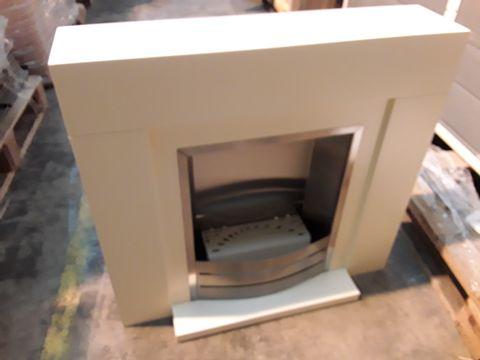 Lot 10569 BOXED CREAM ELECTRIC FIREPLACE SUITE