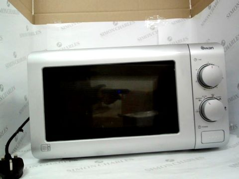 Lot 7408 SWAN SM22090S 20L MICROWAVE  RRP £64.99
