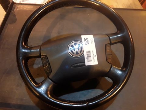 Lot 528 VW BLACK STEERING WHEEL WITH AIRBAG & AUDIO CONTROLS