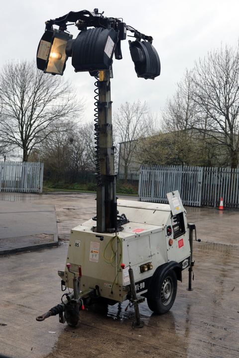 Lot 2 TL 90 MOBILE LIGHTING TOWER WITH DIESEL GENERATOR & EURO IP65 LIGHTS