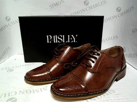 Lot 1032 PAISLEY LONDON OXFORD BROWN SMART SHOES - UK SIZE 11
