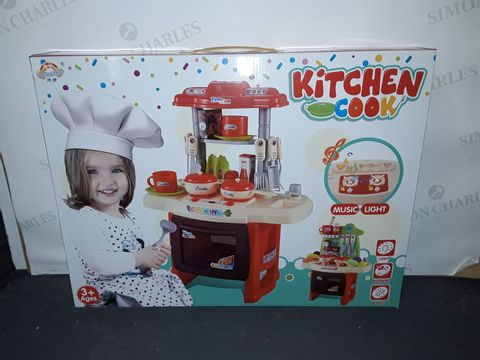 Lot 8224 KITCHEN COOK CHILDREN'S PLAY SET
