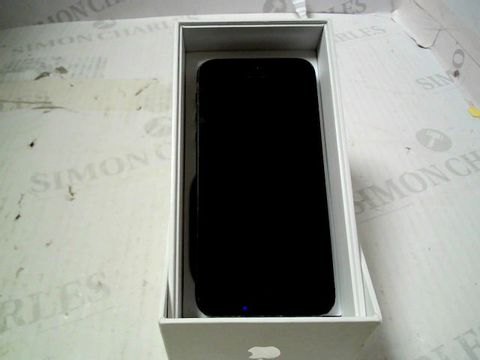 Lot 355 BOXED APPLE IPHONE 5 (A1429) SMARTPHONE - CAPACITY UNKNOWN